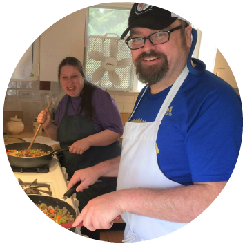 2018 Nanaimo Community Kitchens Mike and Robin - circle.png